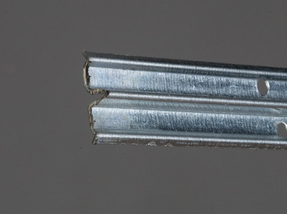 Profilo guida 6 mm forato
